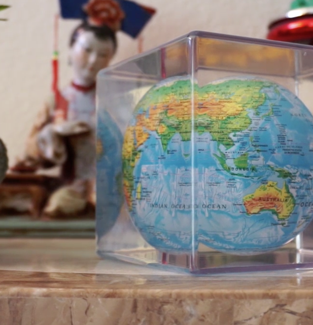 Mova Rotating Globe