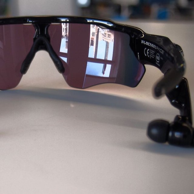 Oakley Radar Pace Talking Fitness Glasses