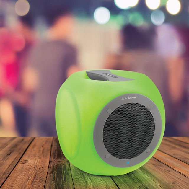 Eluma Color Changing Cube Speaker