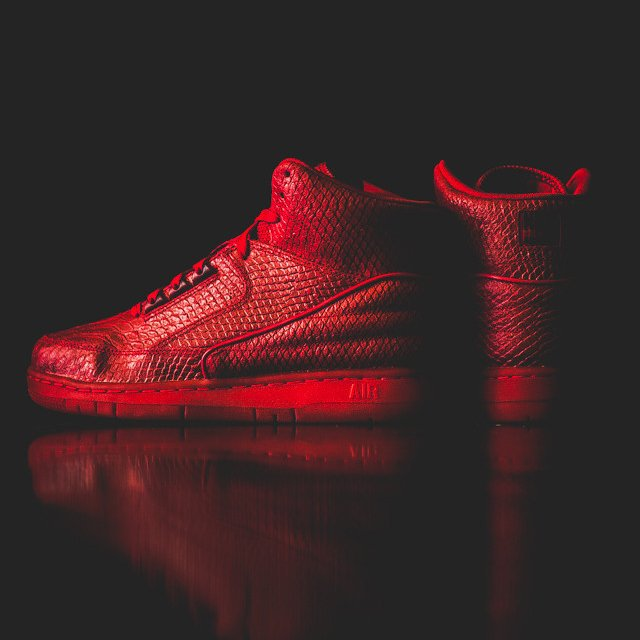 Nike Air Python PRM Red October