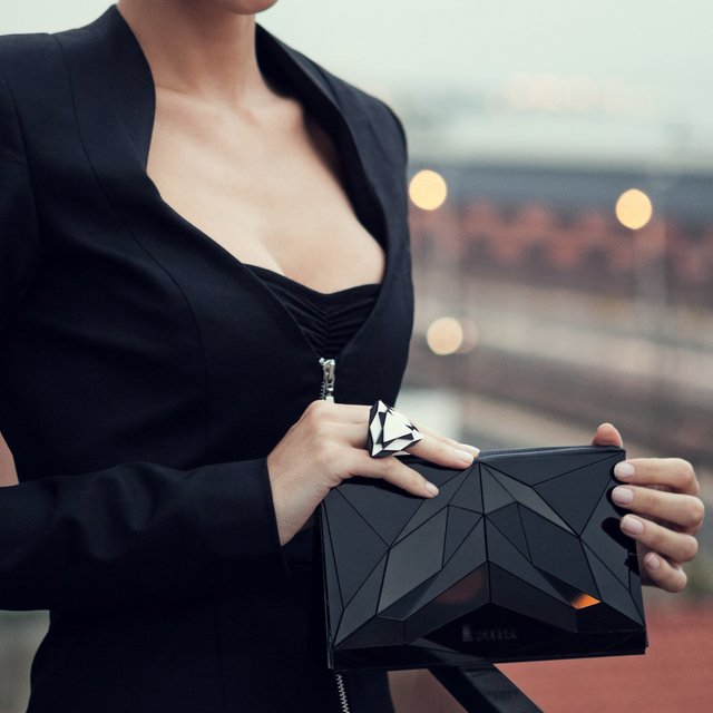 Vectory Black Clutch by Baguera