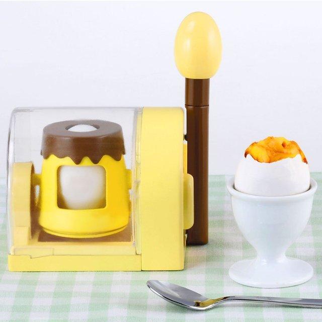 Turn In-Shell Egg Scrambler