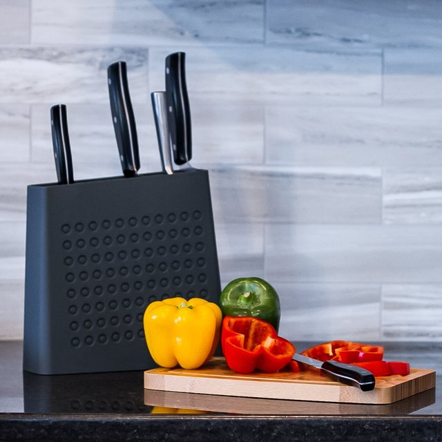The Urban Knife Block