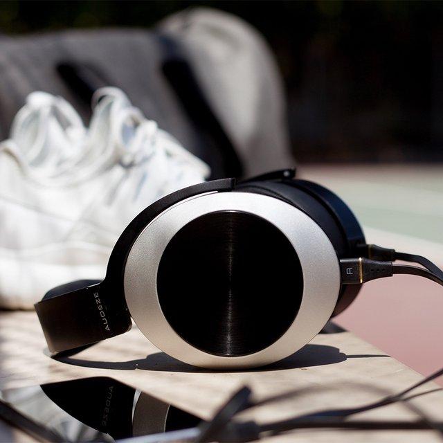 Audeze EL8 Titanium Lightning Cable Headphones