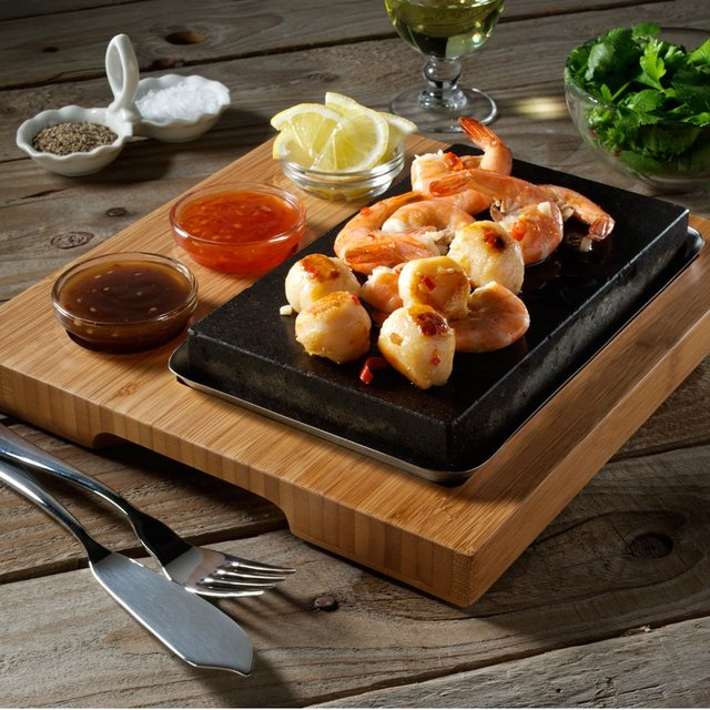 The SteakStones Sizzling Starter Set