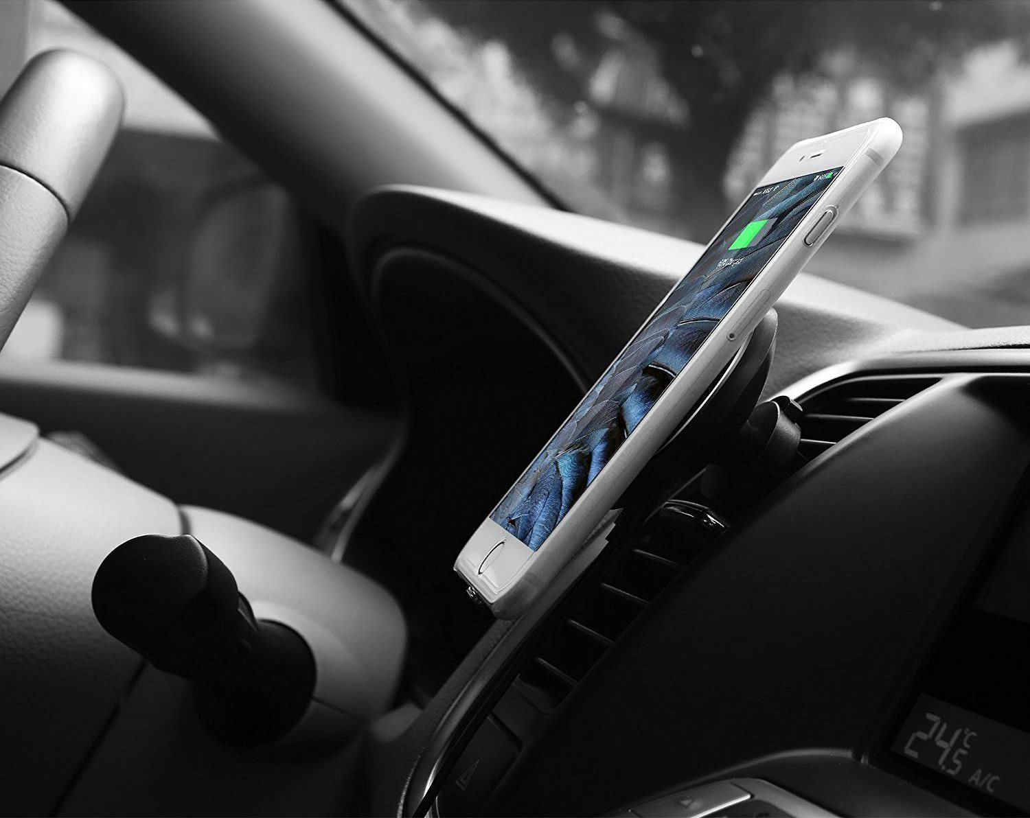 Magnetic Qi Wireless Charging Car Mount
