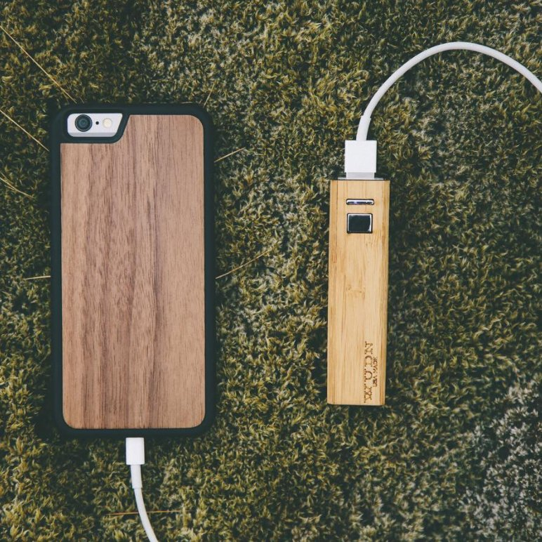 Ultra Powerful Pocket-Sized Wood Power Bank