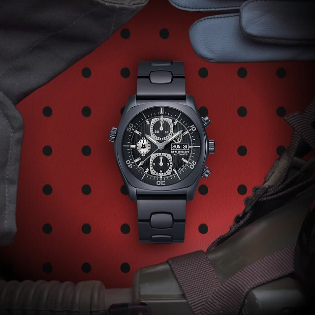 SR-71 Blackbird Chronograph by Luminox
