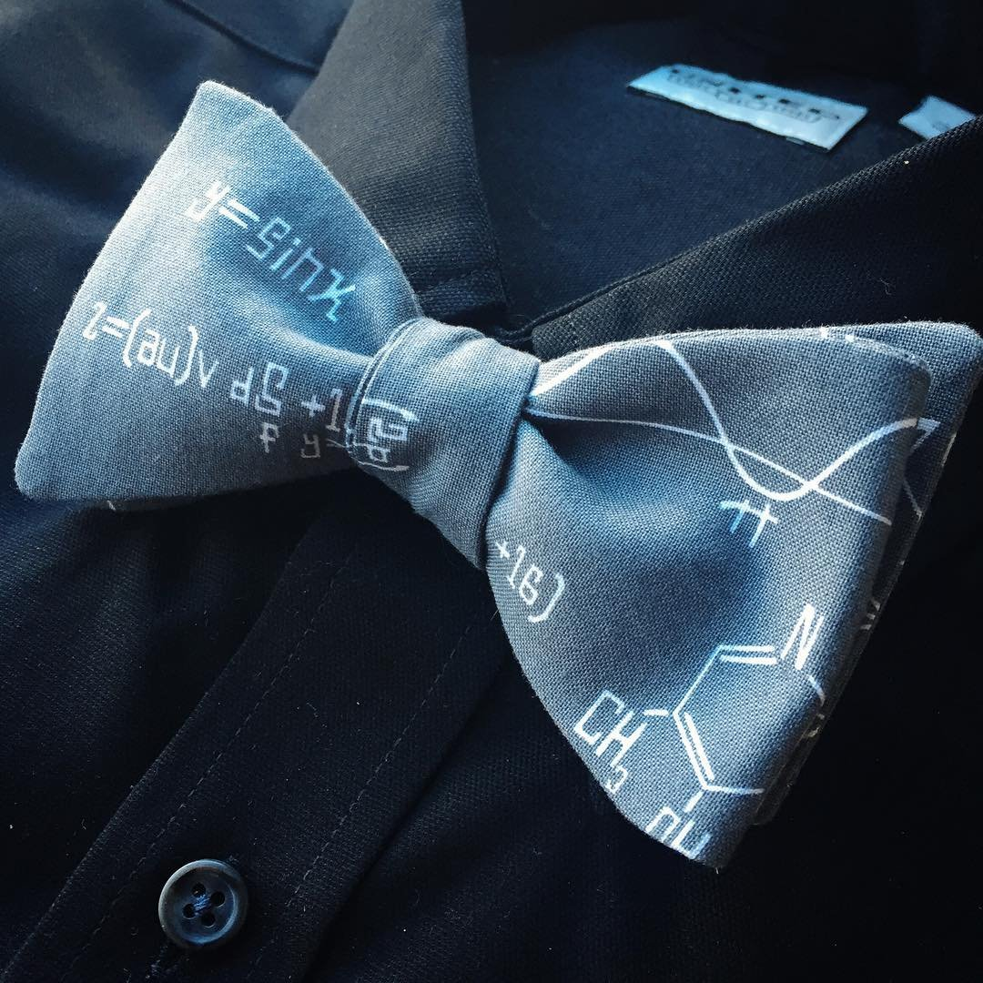Data Cotton Bow Tie