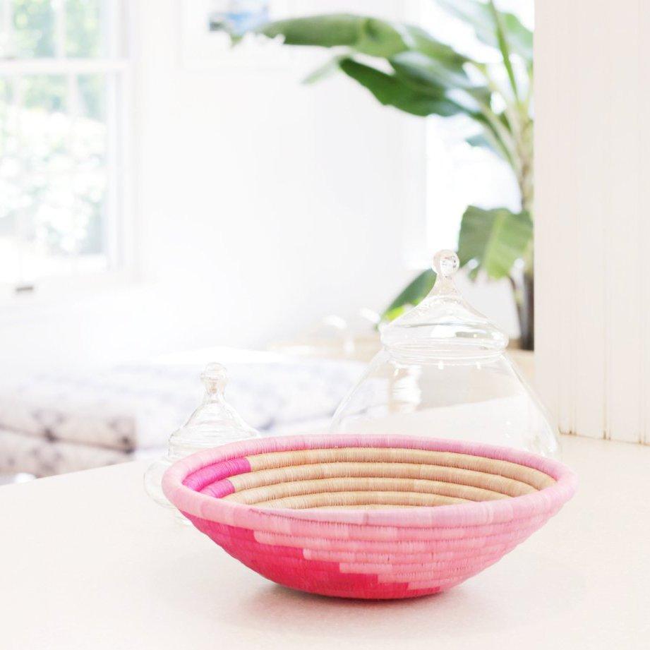 Pink Swirl Plateau Basket