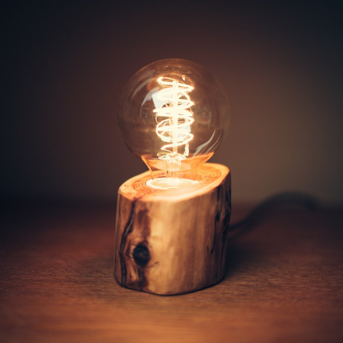 Medium Wooden Edison Lamp