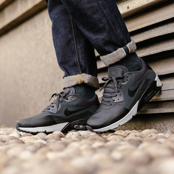 Nike Air Max 90 Ultra 2.0 Essential SE