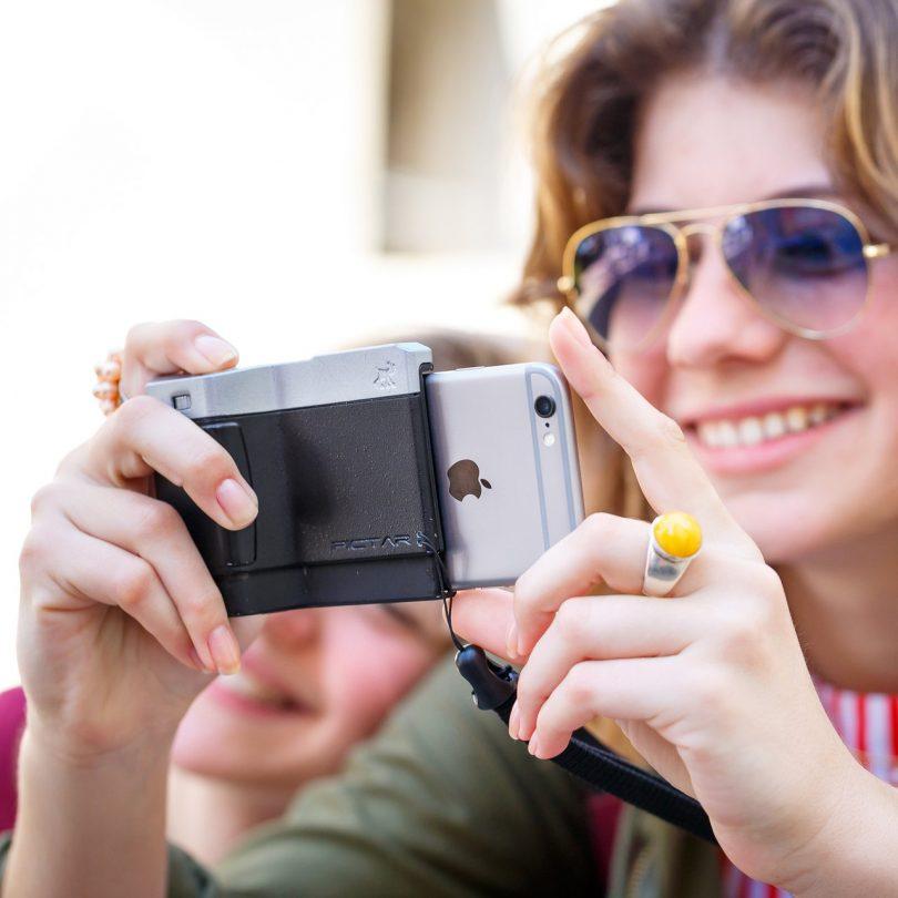 Pictar Plus iPhone Camera Grip