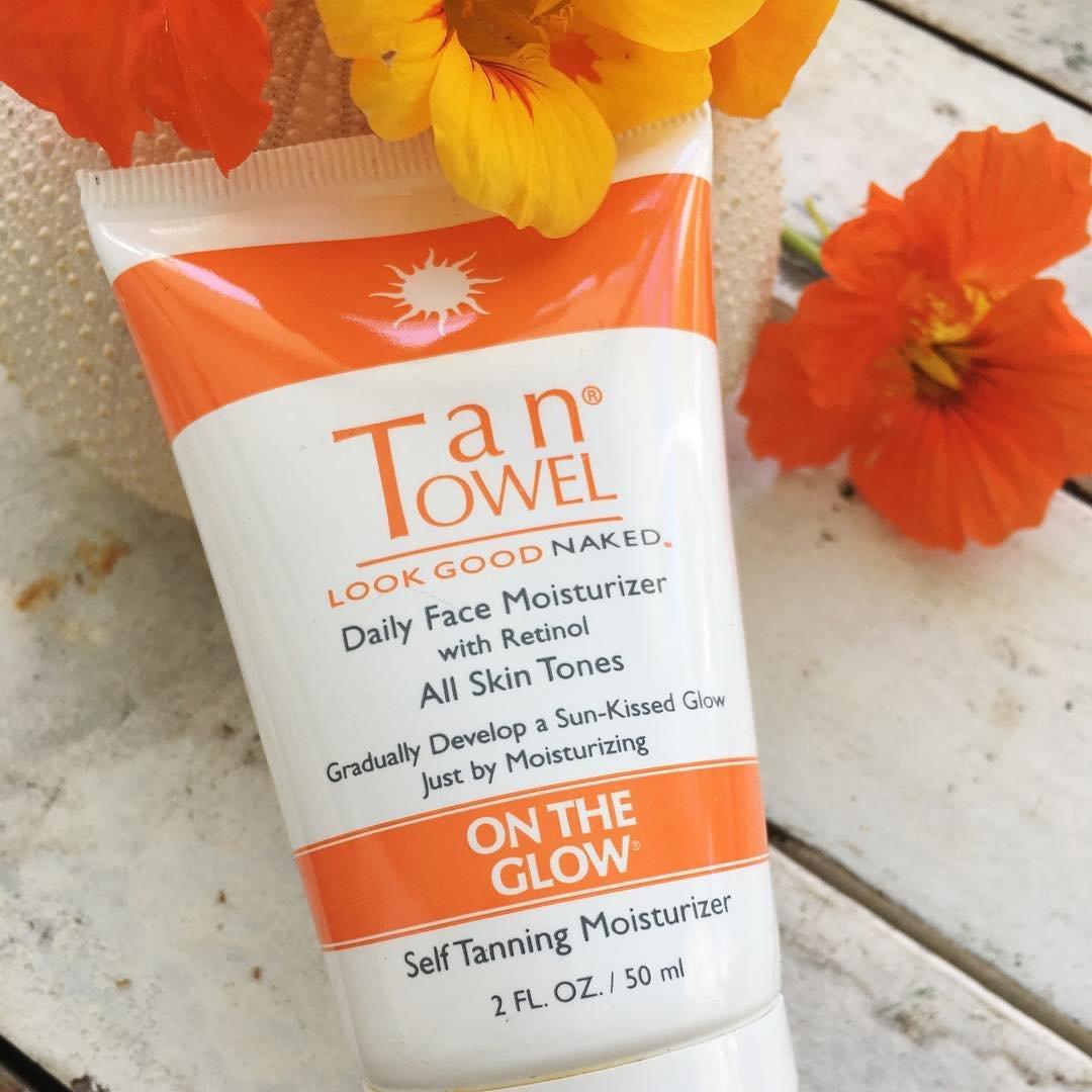 Tan Towel On the Glow Face Moisturizer 2oz