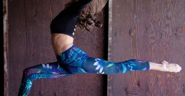 Dragonfly Night Flight Yoga Crops