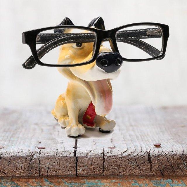 Dog Statue Glasses Holder