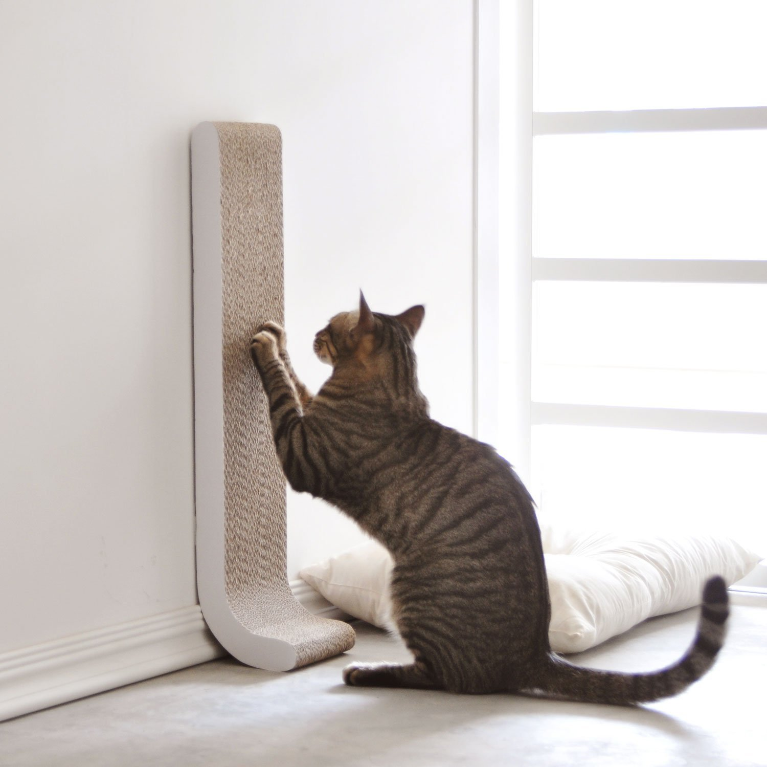4claws Wall Mounted Scratching Post 26 Quot 187 Petagadget