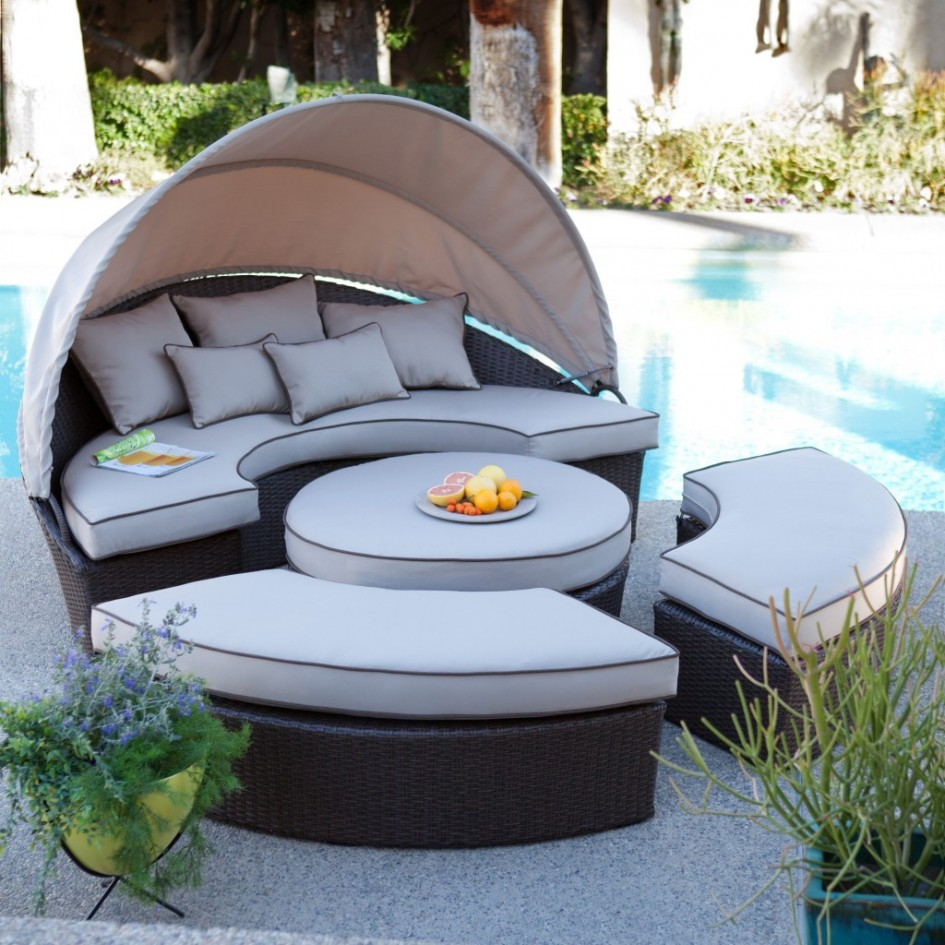 Outdoor Canopy Day Bed Patio Set