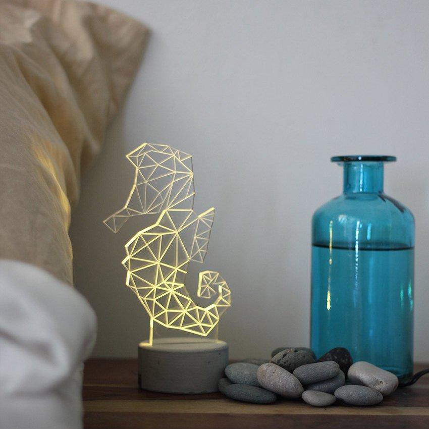 Seahorse Lamp by SturlesiDesign