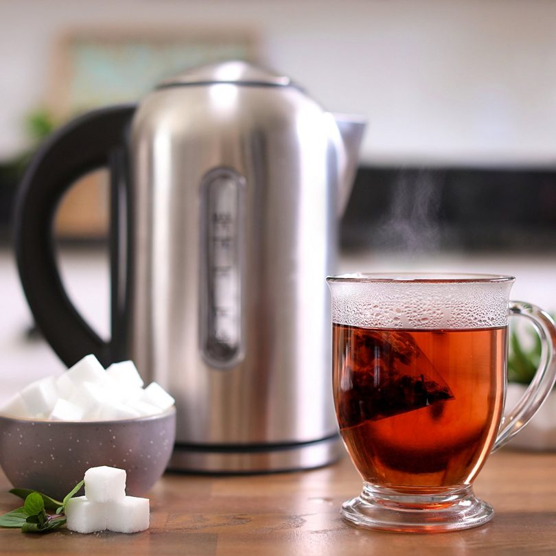 Electric Kettle with Variable Temperature Control