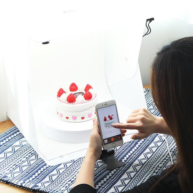 Foldio360 Smart Turntable to Create 360 Images