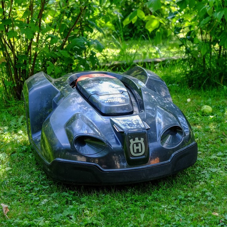 husqvarna automower 430x ac robotic lawnmower petagadget. Black Bedroom Furniture Sets. Home Design Ideas