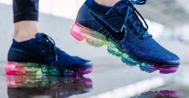 Nike Air Vapormax Flyknit Be True Women's Sneakers