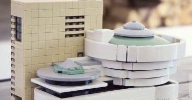 Guggenheim Museum LEGO Architecture Set