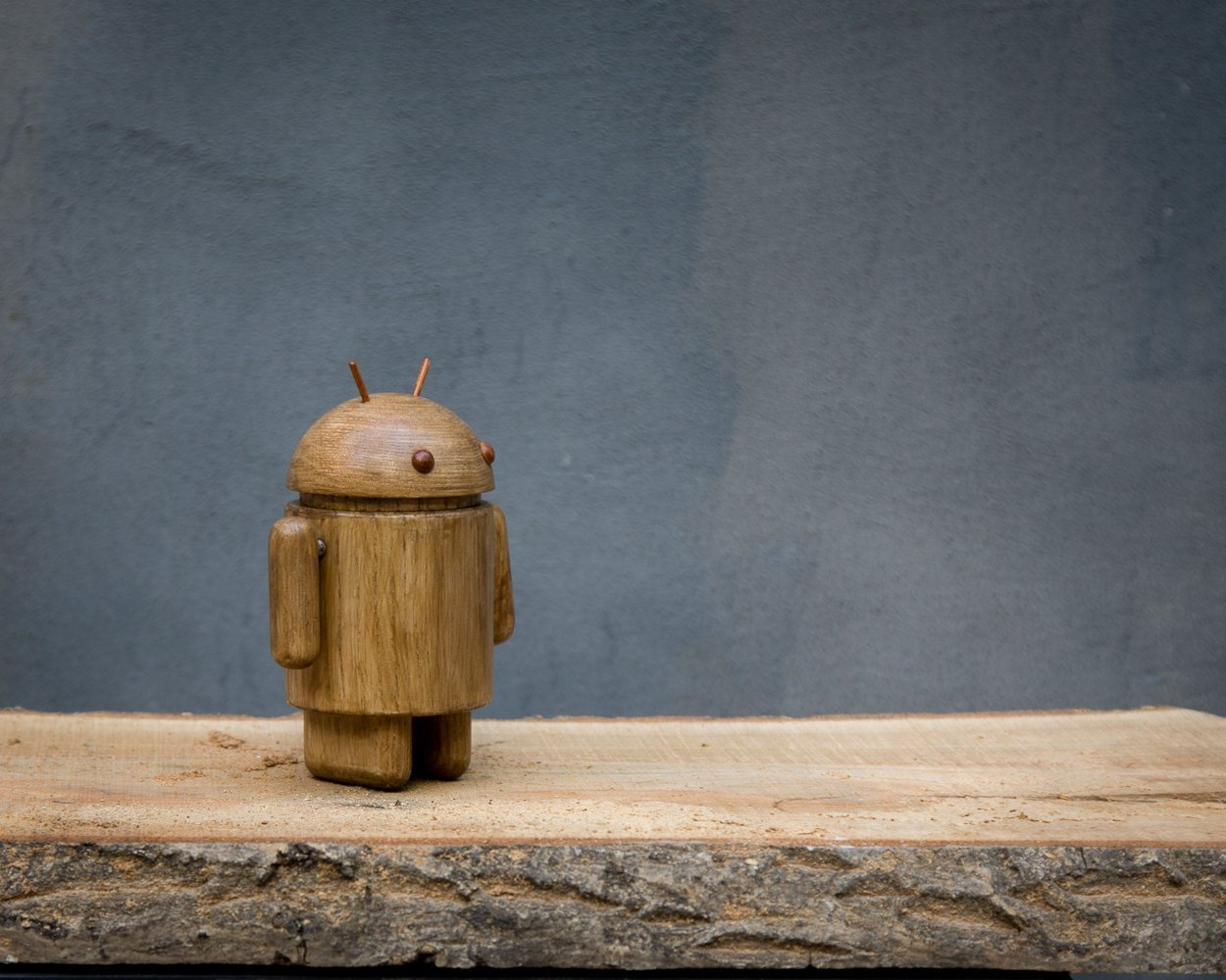 Magnetic Wooden Android Figure