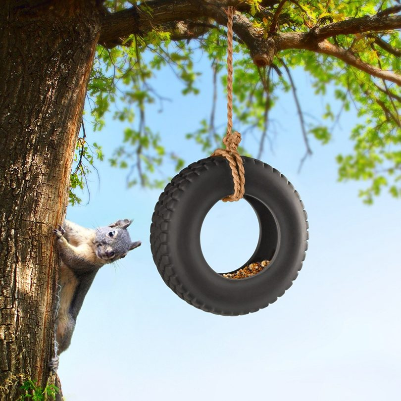 Fred SWING TIME Tire Swing Bird Feeder