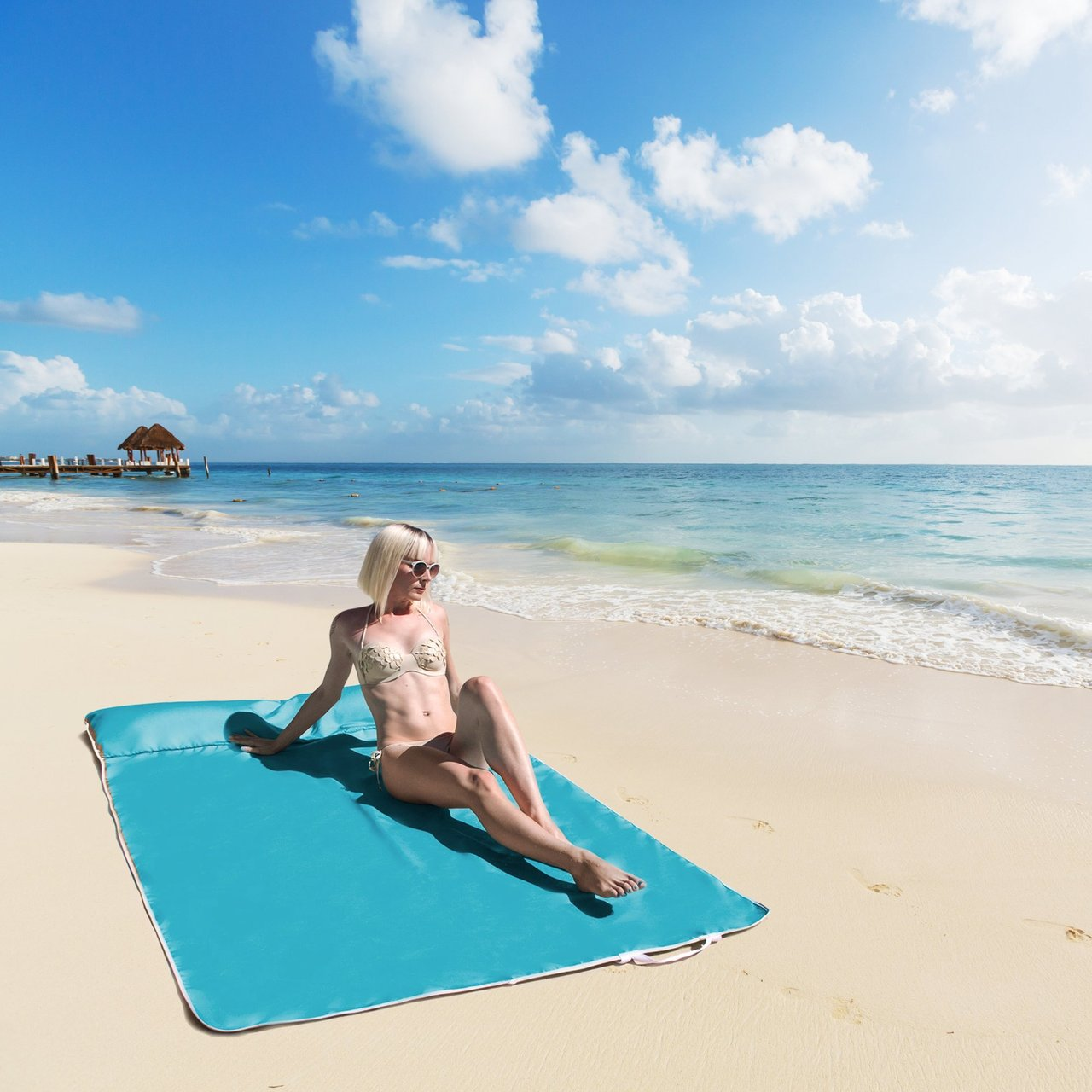 Beltline Outdoor Waterproof Beach Blanket for Two by Jaxx