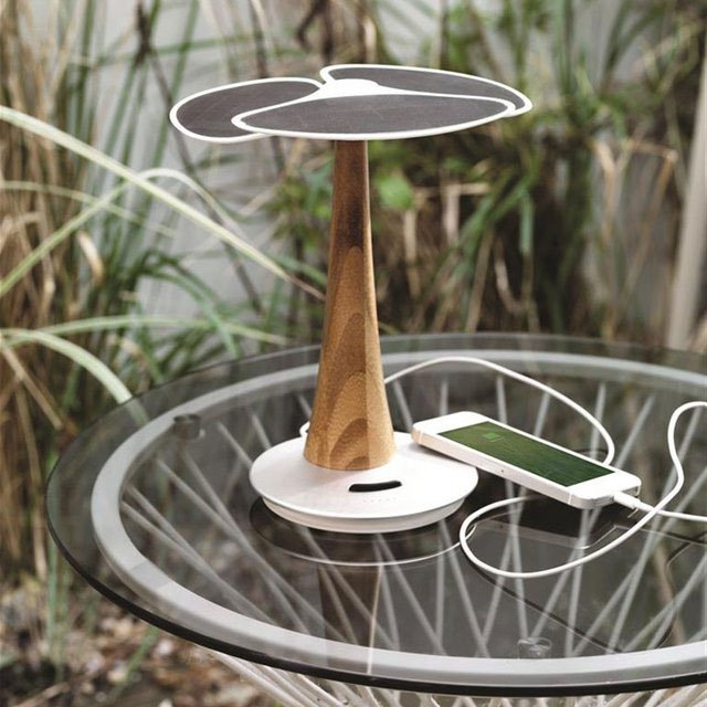 Ginkgo Solar Tree Charger