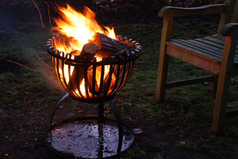 Esschert Design FF102 Tulip Fire Basket