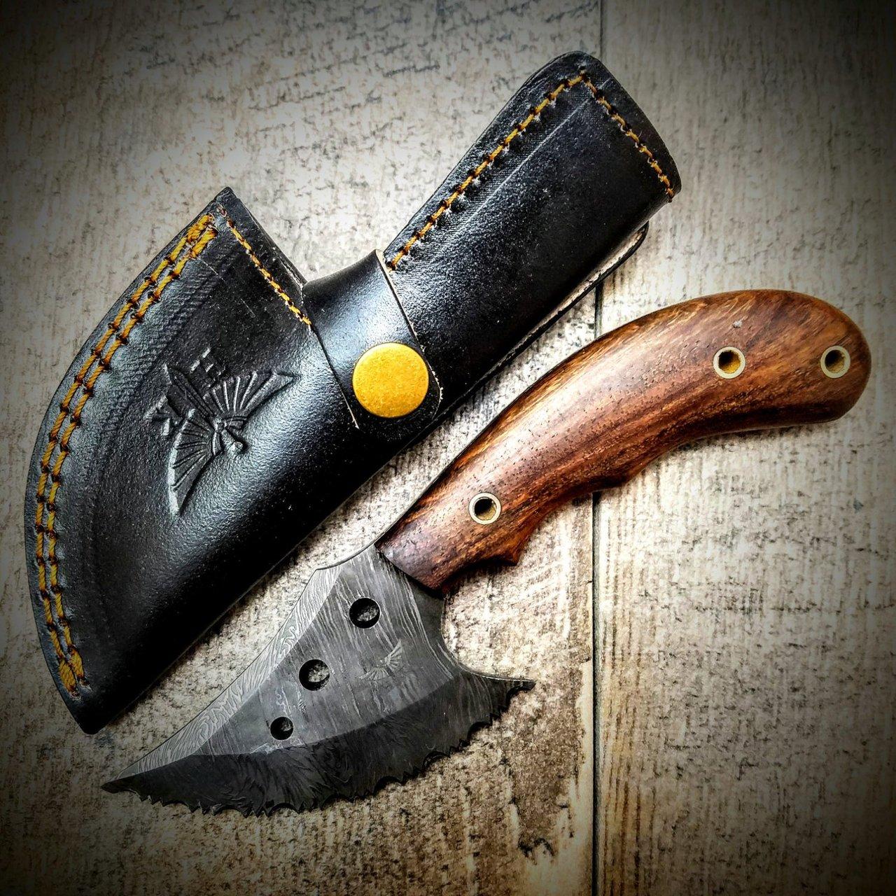 HT-101 Custom Handmade Damascus Skinner Knife