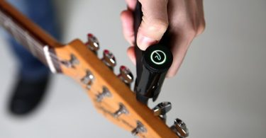Roadie 2 Automatic Guitar Tuner