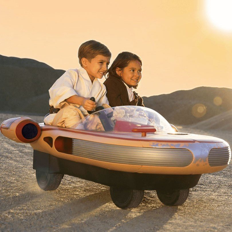 Luke Skywalker's Landspeeder 12 Volt Ride On