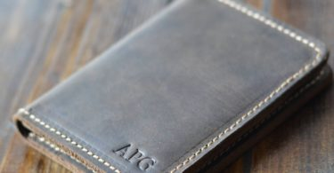 Knox Minimalist Chestnut Brown Bifold Wallet