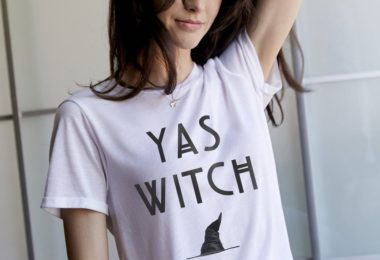 Yas Witch Oversized Tee