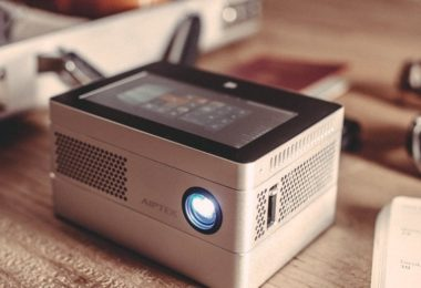 iBeamBLOCK HD Projector