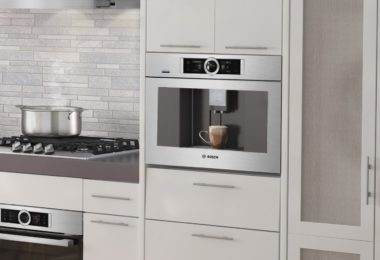 Bosch Home Connect Built-In Coffee Machine