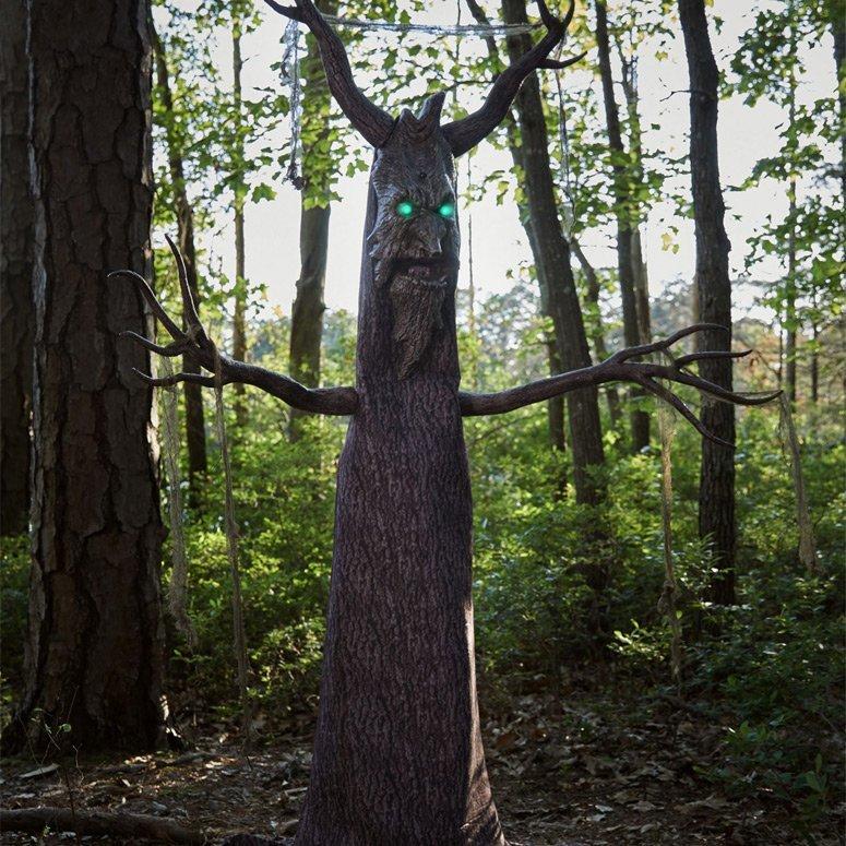 Deadly Roots Animatronics Decoration