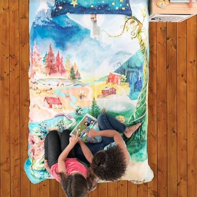 SpinTales Augmented Reality Enchanted Duvet Set
