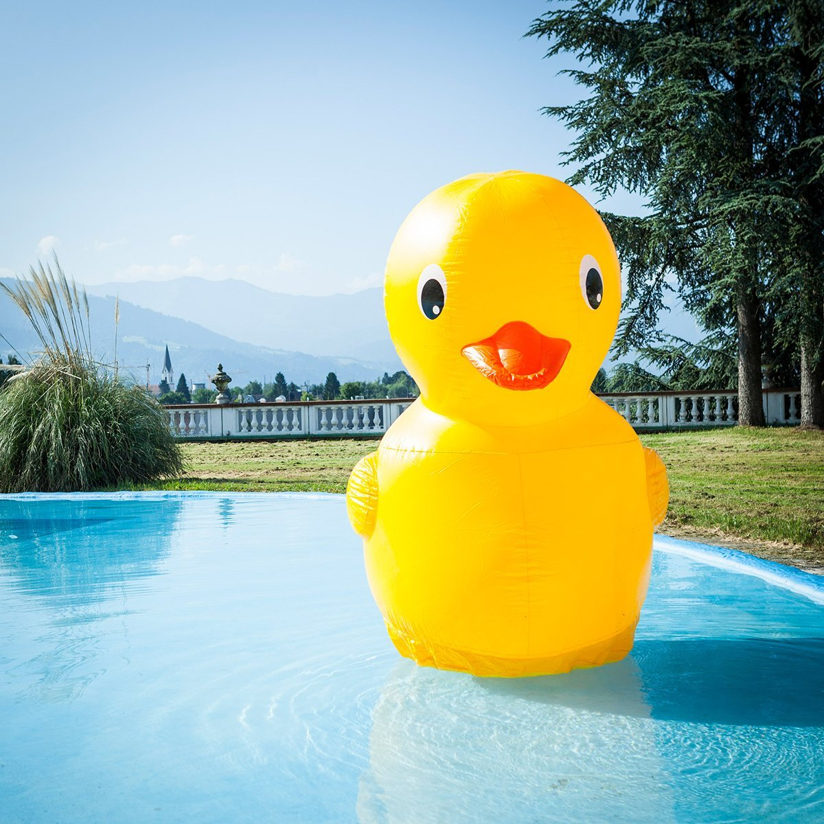 Giant Inflatable Rubber Ducky 187 Petagadget
