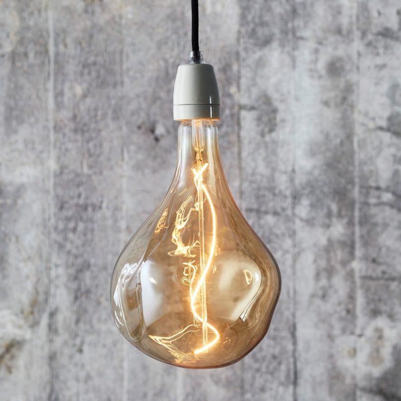 Voronoi II LED Bulb