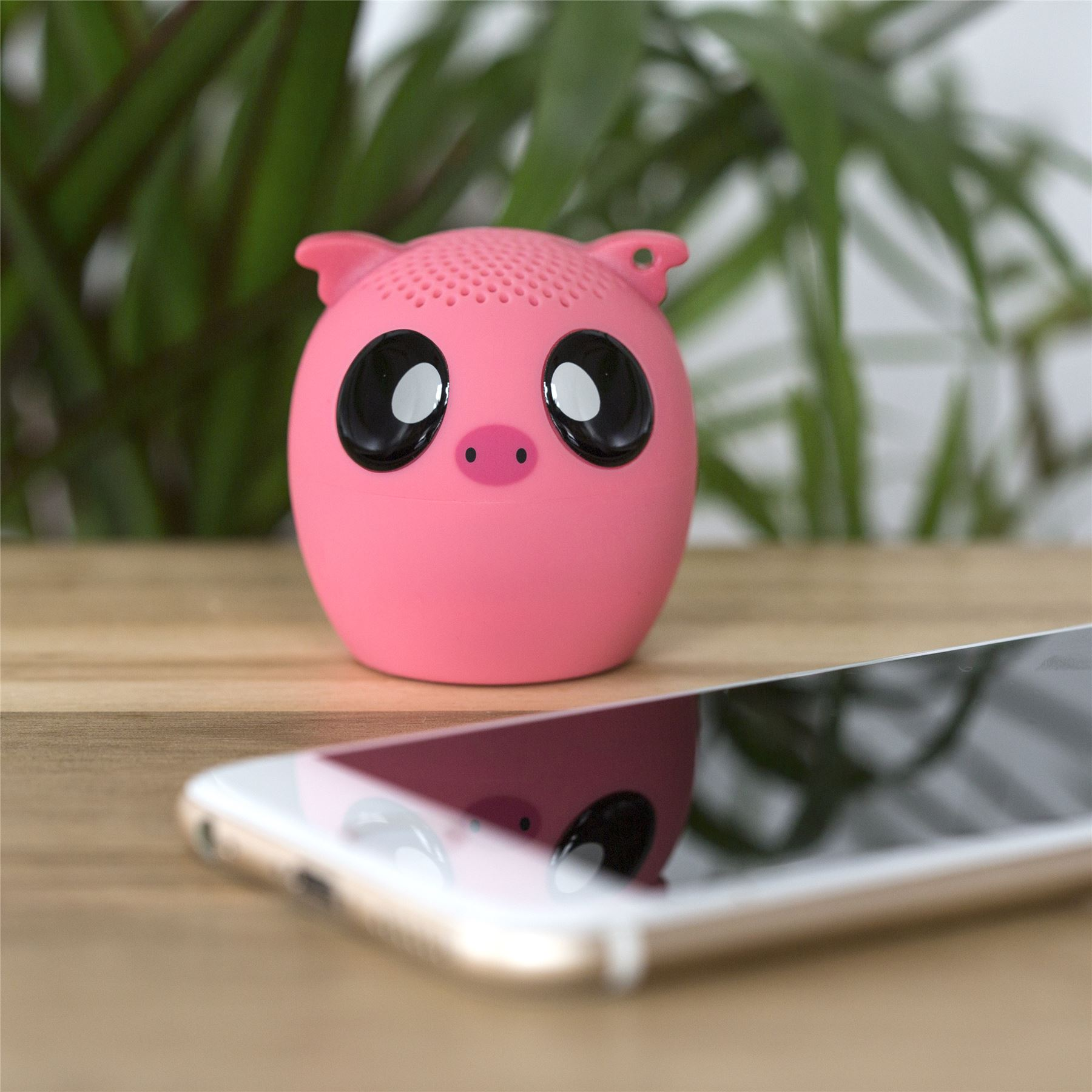 Thumbs Up Wireless Speaker, Pig