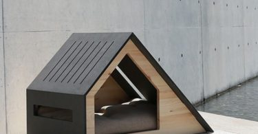 Deauville Pet House by Bad Marlon