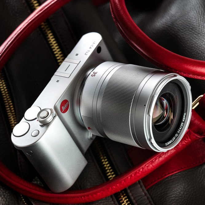 Leica TL2 Mirrorless Digital Camera