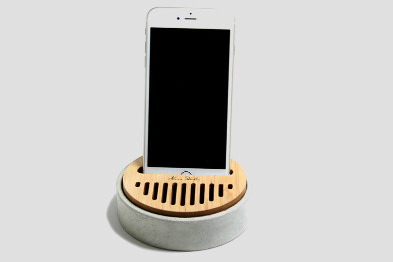 Concrete Cell Phone Stand Maple Wood Speaker Sound Amplifier