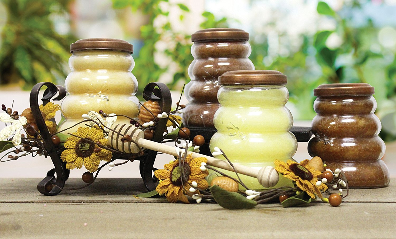 A Cheerful Giver Honey Apple Bee Hive Jar Candle