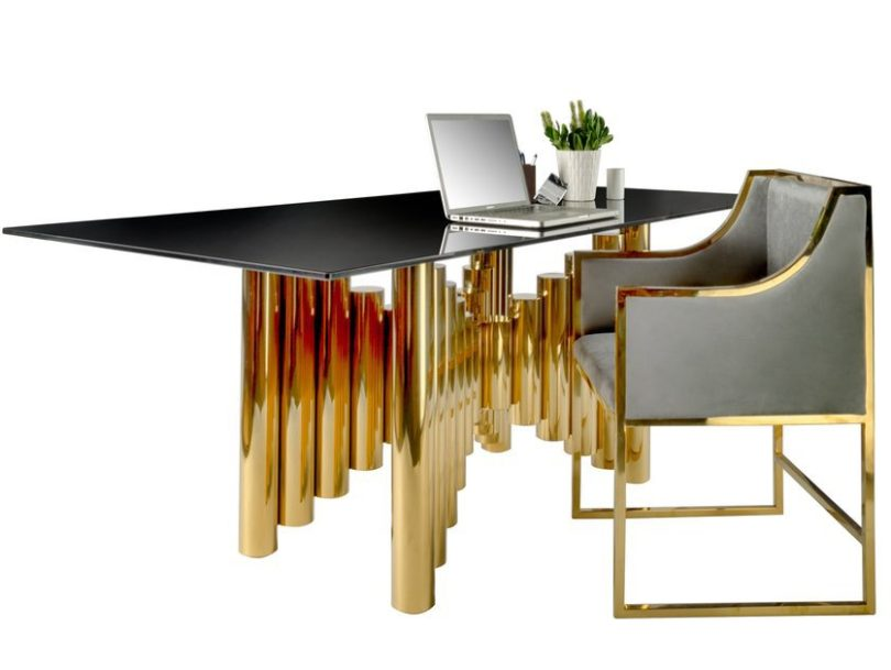 Kanika Desk